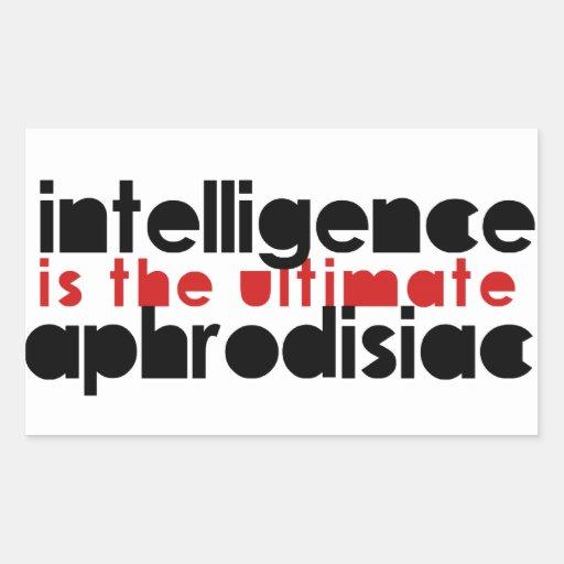 La inteligencia es el último afrodisiaco etiqueta