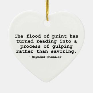 La inundación de la impresión (Raymond Chandler) Adorno Navideño De Cerámica En Forma De Corazón