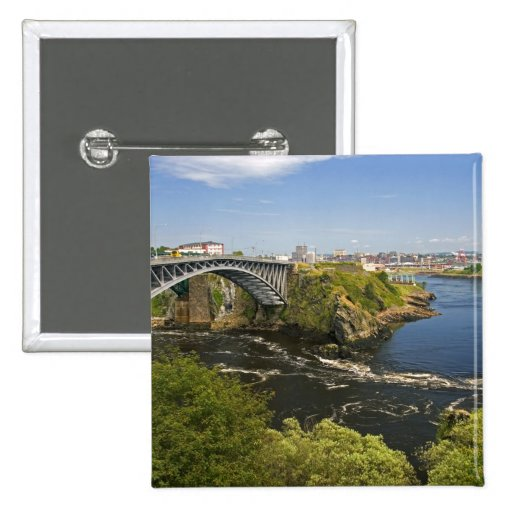 La inversión cae en el río de St. John en St. 2 Pins