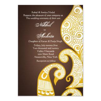 La invitación de oro de Brown del cisne