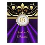 La invitación de seda púrpura de la corona del oro
