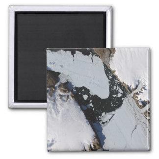 La isla del hielo imán cuadrado