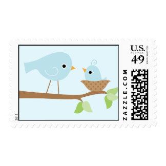 La jerarquía del pájaro de bebé (azul) franqueo