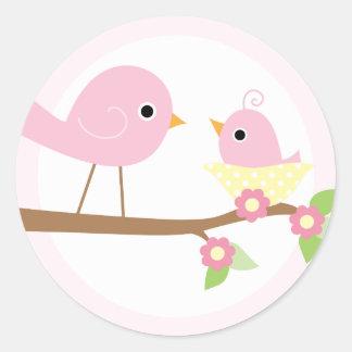 La jerarquía del pájaro de bebé (rosa) pegatina redonda