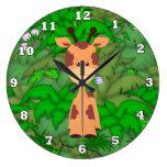 La jirafa del dibujo animado embroma el reloj de p