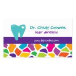 La jirafa linda dental de la tarjeta de visita emb