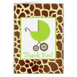 La jirafa y la fiesta de bienvenida al bebé verde  tarjeta