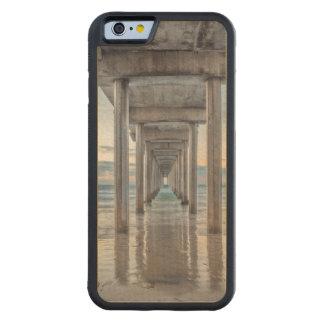 La Jolla, embarcadero de Scripps Funda De iPhone 6 Bumper Arce