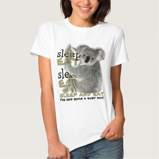 La koala linda come y duerme t-shirts