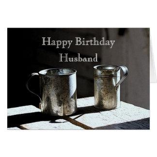La lata antigua ahueca feliz cumpleaños del marido tarjeta de felicitación