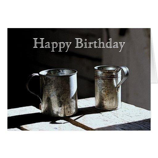 La lata antigua ahueca feliz cumpleaños tarjeta de felicitación