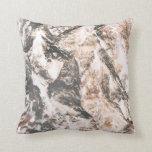 La lava invertida corteza del roble tiene gusto de almohada