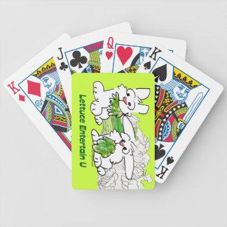 La lechuga entretiene conejos del dibujo animado d barajas de cartas