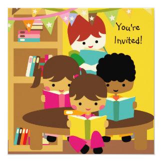 La lectura es invitación del cumpleaños de la invitación 13,3 cm x 13,3cm