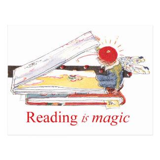 La lectura es mágica tarjeta postal