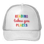 La lectura le toma lugares, ama el leer gorra