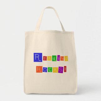 La lectura oscila las camisetas y los regalos bolsa tela para la compra