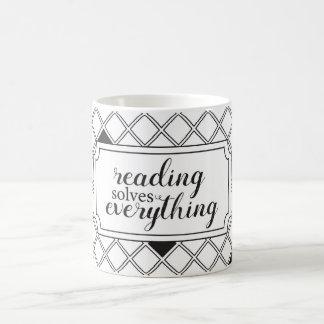 La lectura soluciona todo taza de café