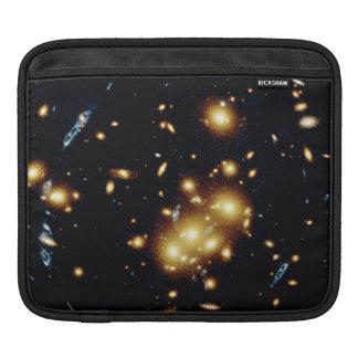 La lente gravitacional captura imagen de la gala manga de iPad