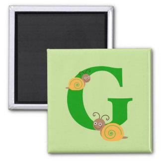 La letra G brian del monograma el caracol embroma Imán Cuadrado