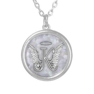 La letra inicial del alfabeto K del ángel se va Colgante Redondo