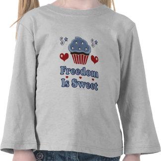 La libertad es camiseta patriótica dulce del niño