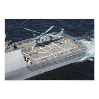 La libertad litoral de USS de la nave de combate Impresión Fotográfica