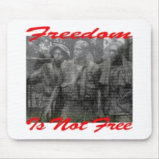 La libertad no es #002 libre tapete de ratón