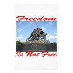 La libertad no está libre papeleria de diseño