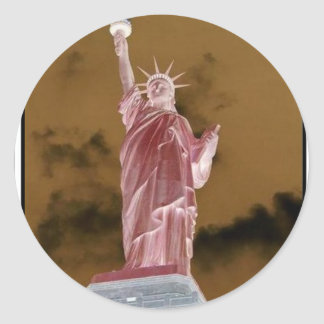 La libertad se coloca alta pegatina redonda