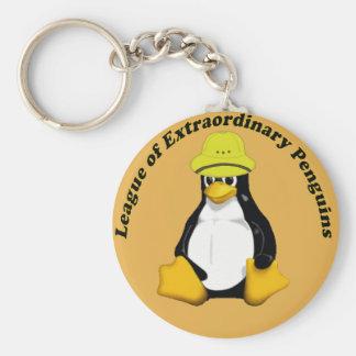 La liga de pingüinos extraordinarios llavero redondo tipo pin