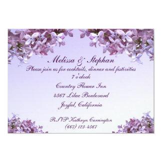 """La lila floral florece a la recepción nupcial invitación 5"""" x 7"""""""