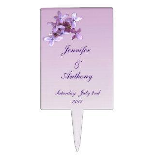 La lila floral florece el boda palillos de tarta