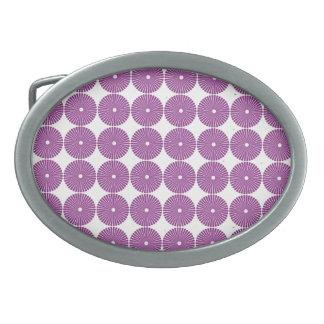 La lila púrpura bonita circunda los botones textur hebilla cinturon oval