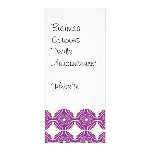 La lila púrpura bonita circunda los botones textur diseño de tarjeta publicitaria