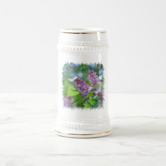 La lila púrpura florece la cerveza Stein Taza