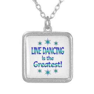 La línea baile es la más grande collar personalizado