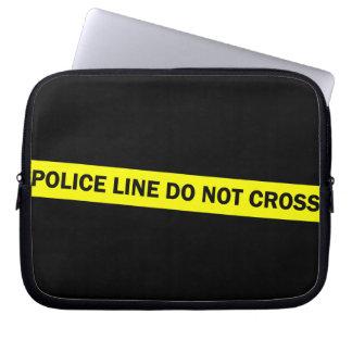 la línea de policía no cruza fundas computadoras