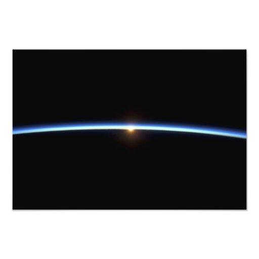 La línea fina de la atmósfera de tierra 2 fotografia