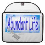 La llave a la vida abundante v2 (Juan 10: 10) Funda Para Macbook Pro