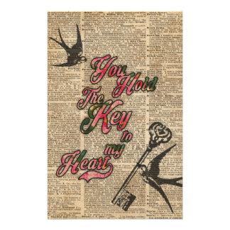 La llave a mi corazón florece y traga arte del papelería de diseño