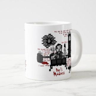 """La """"locura del Poe"""" (taza de la versión 2) Taza De Café Gigante"""