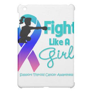 La lucha del cáncer de tiroides como un chica golp