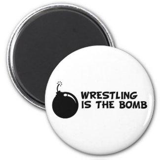 La lucha es la bomba imán de nevera