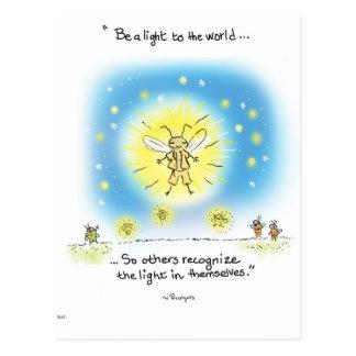 "La luciérnaga de la yogui ""sea una luz al mundo "" postal"