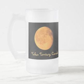La luna amarilla grande; Territorio del Yukón, Taza De Cristal