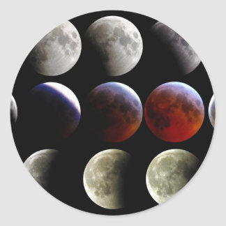 La luna durante un eclipse lunar completo pegatina redonda
