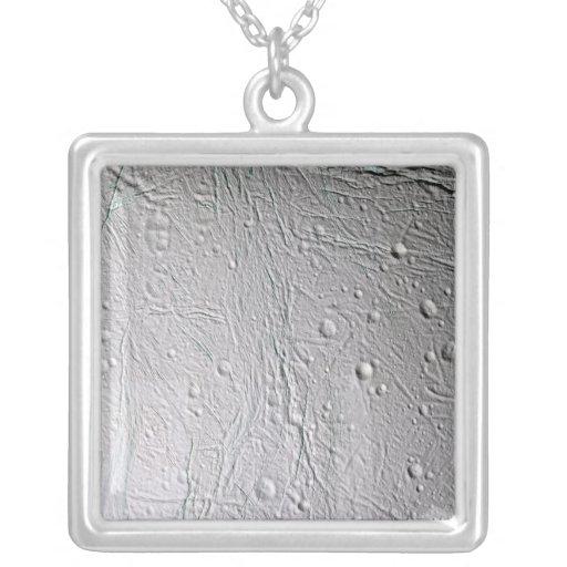 La luna Enceladus 4 de Saturn Collar Personalizado
