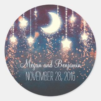 la luna y las estrellas encantaron el boda pegatina redonda
