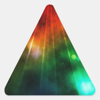 La luz abstracta brilla abajo desde arriba pegatina triangular
